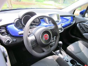 The stylish dash of the 2016 Fiat 500X.