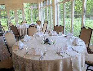 GAAMA members enjoyed a garden view while dining.